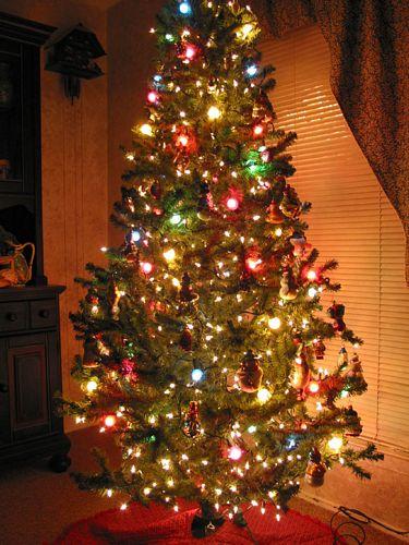 Imagenes de rboles de navidad frases de navidad y a o for Decoracion para arboles navidenos